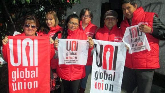 El grupo de trabajadores dentro del sindicato aumenta cada vez ya que sienten que Claro, la compañía en Colombia que durante el 2011 alcanzó ganancias de 2 billones, no suple las condiciones de trabajo digno básicas.