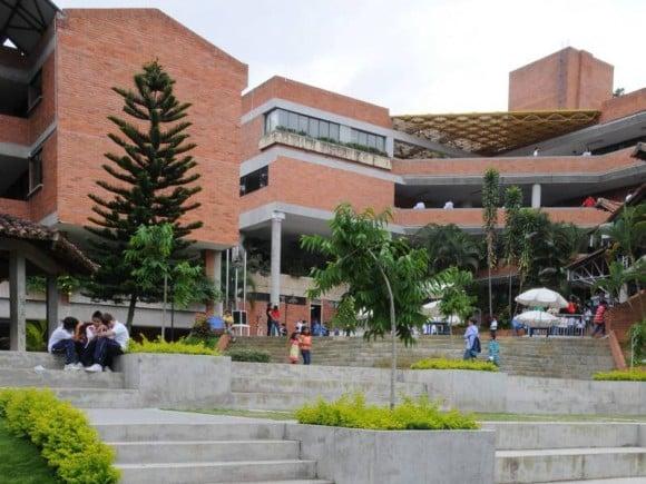 Colegio La Quinta del Puente de Florida Blanca