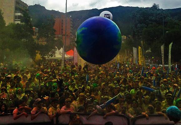 Así quedó Bogotá tras correr 'The Color Run'