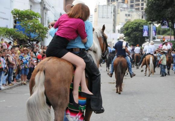 "La ""cagalgata"" en la Feria de Bucaramanga"
