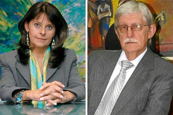 Los congresistas Martha Lucía Ramírez y Jaime Restrepo fueron los autores de la Ley 1286 de 2009 sobre ciencia y tecnología, a la que se le dio un amplio debate en el legislativo.