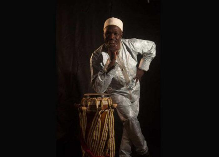 El Principe Mamour de Senegal en Cali