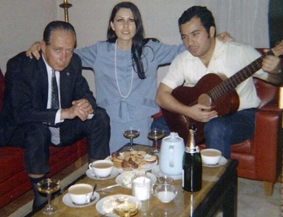 Roberto Lañas con la historiadora Maria Cristina Navarrete y el ingeniero Alejandro Salazar en Madrid.