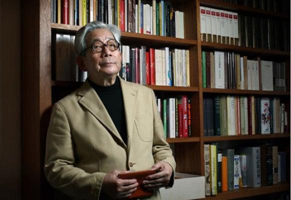 Entrevista al nobel japonés Kenzaburo Oé