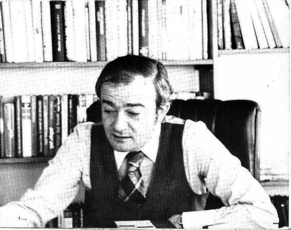 Juan Luis Panero en su despacho de Círculo de Lectores en Bogotá