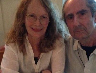 Woody Allen, en realidad, le cogió manía a Roth cuando se enteró que estaba saliendo con su ex, Mia Farrow, poco después de su escandalosa separación en 1992.