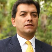El hombre que le dio el triunfo a Óscar Iván Zuluaga