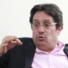 Pacho Santos, el de la chequera en el Uribismo