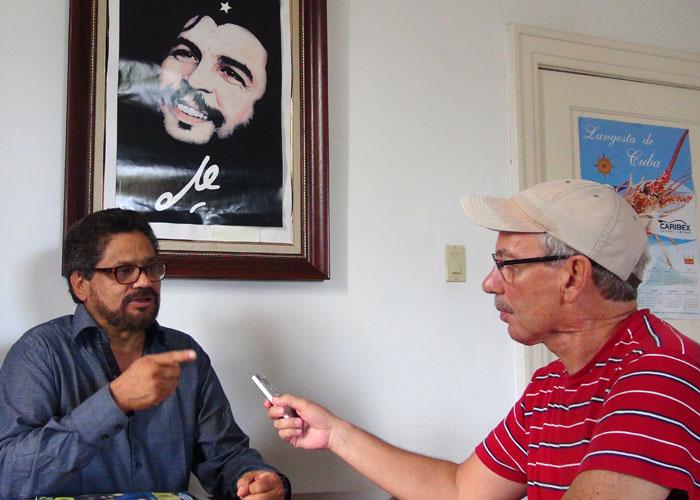 Iván Márquez niega plan para matar a Uribe y reconoce respaldo del fiscal Montealegre a la paz