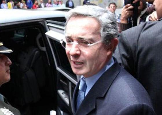 ¿Quién cuida al expresidente Álvaro Uribe?