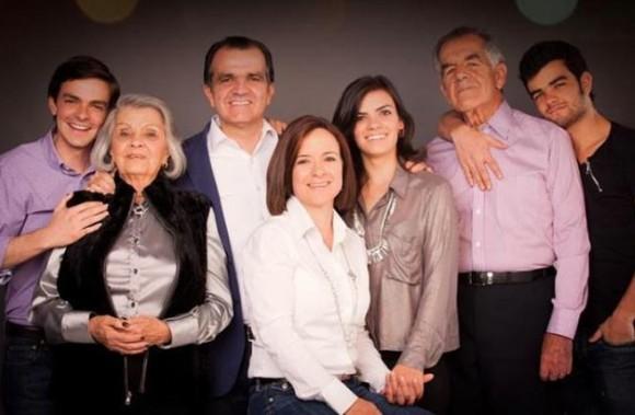 Familia Zuluaga Martínez en pleno.