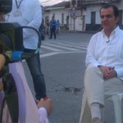 La polémica aparición de Óscar Iván Zuluaga en el atentado de Pradera, para hacer campaña