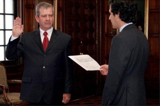 General (R) Mario Montoya recibiendo su cargo como embajador de Colombia en República Dominicana Foto: elespectador.com