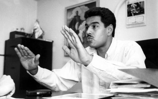 Maduro y joven en casa - 3 5