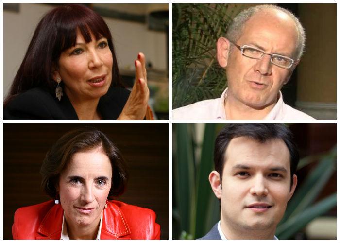 Periodistas que luchan contra el Parlamento Andino
