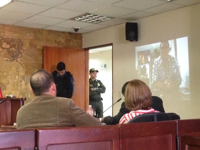 Crónica de la audiencia del denunciante Santiago Uribe Vélez - photo-2