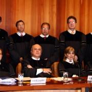 Nuevo magistrado de la Corte Suprema es recordado por su paseo en crucero