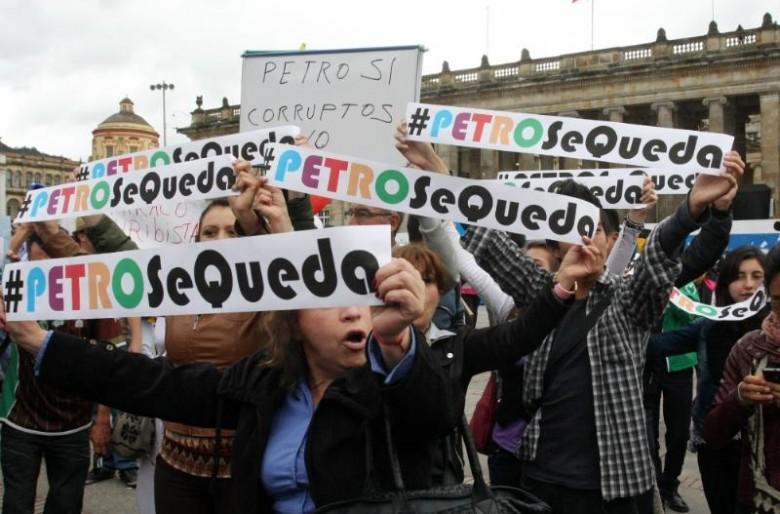 El distrito 'obliga' a sus funcionarios a salir a las marchas en favor de Petro