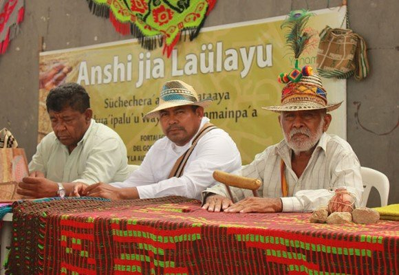 Autoridades wayúu entutelan a la Gobernación