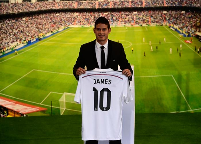 Mar de felicitaciones para James