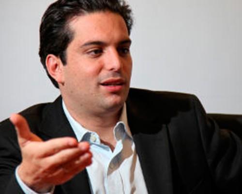 Simón Gaviria logró su ministerio: Comercio Exterior