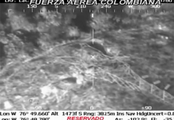 Video de la Fuerza Aérea muestra torres de energía derribadas en Buenaventura