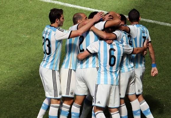 """El """"Tango feroz"""" de Argentina en Brasil 2014"""