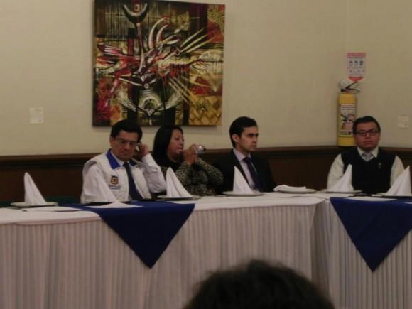 El concejal Marco Fidel Suárez y José Jaime Uscátegui el hijo del General Ustategui, que se hundió en su aspiración a la Cámara por el partido Conservador.