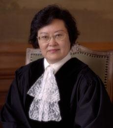 Xue Hanqin es la jueza china que sabiendo de las intenciones de construir el canal de Nicaragua, tomó parte en la decisión que despojó a Colombia de aguas indispensables para la construcción del mismo.