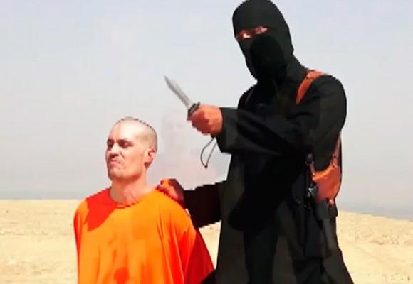 """""""¡Pagarán el precio de los bombardeos! El primero será el ciudadano James Foley"""""""