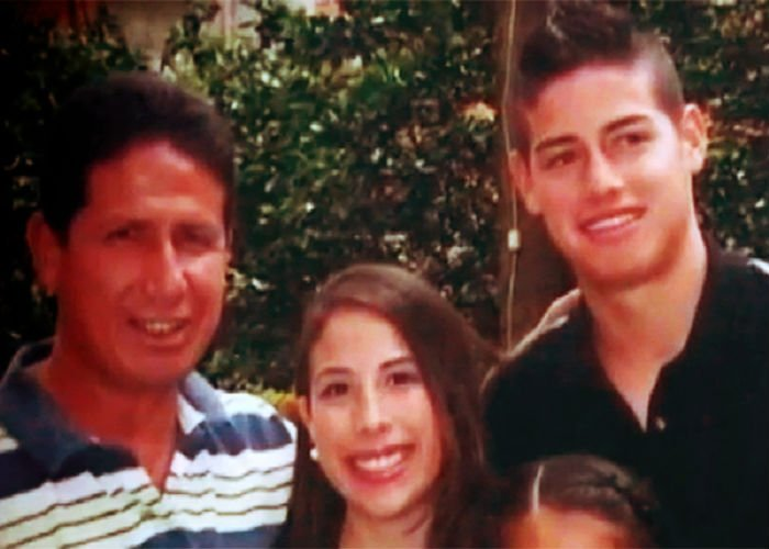 """""""James viene poco, y ahora que es famoso mucho menos, yo sólo lo aconsejo"""", dice 'Cachetes', el papá de James Rodríguez"""