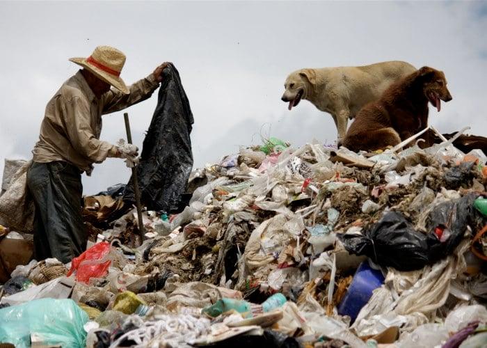 Vivimos en el país de las basuras
