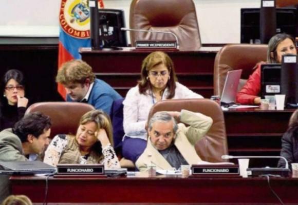 """""""El Concejo de Bogotá no encuentra soluciones"""""""