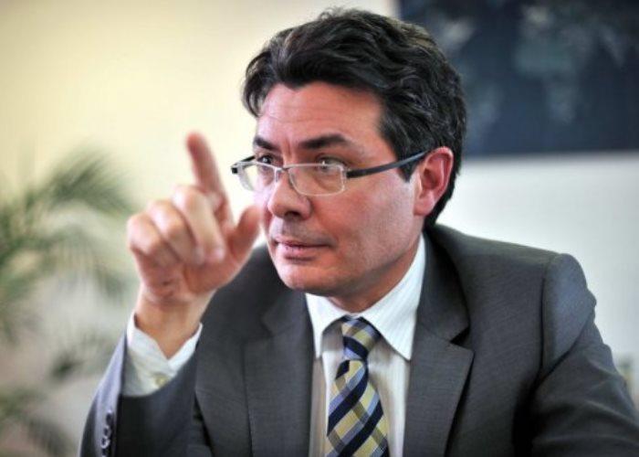 La psicogenia del ministro Alejandro Gaviria