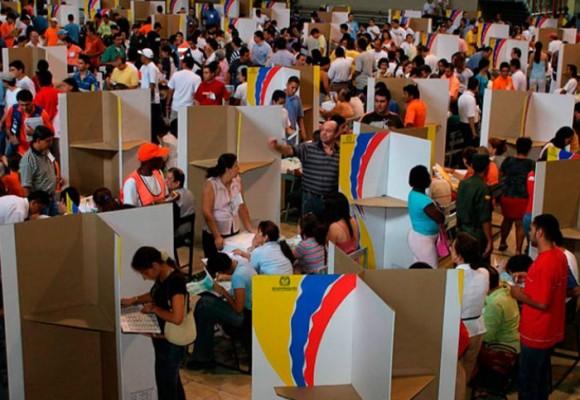 Voto obligatorio: La descomposición del país