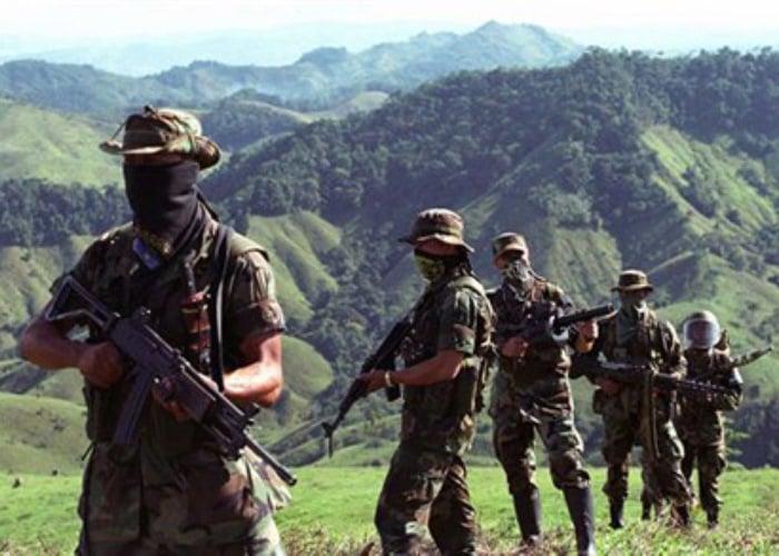 14 grupos paramilitares están en 149 municipios de Colombia