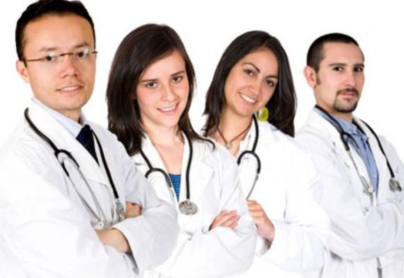 ¡Médicos, salgamos de los consultorios!