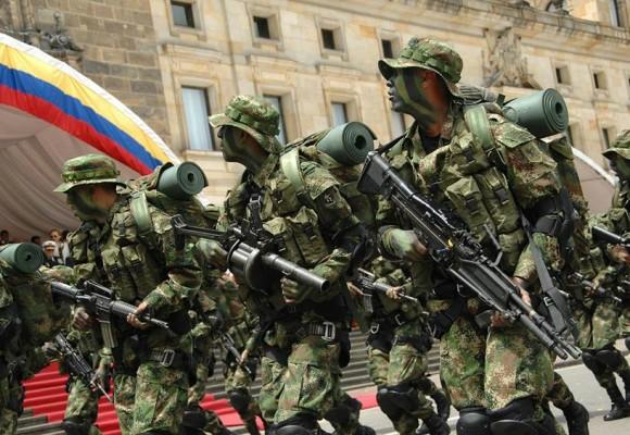 Otro año sin desfile militar del 20 de julio: solo habrá revista aérea