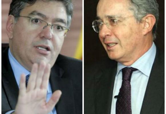 Cambalache legislativo: Uribe aprobó presupuesto a cambio de que gobierno haga pública la mermelada
