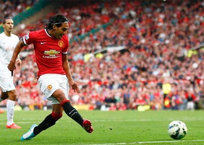 VIDEO: Falcao marca su primer gol con el Manchester United