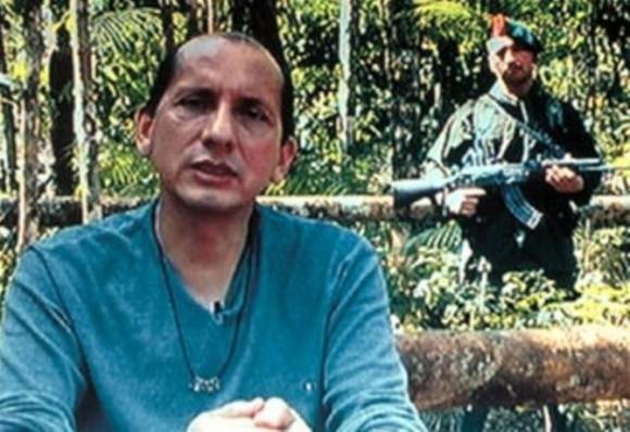 Más de 12 años estuvo el general Mendieta, secuestrado por las Farc. Muchos de ellos los vivió encadenado.