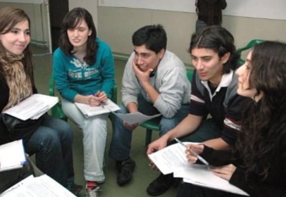 ¿Por qué la juventud debe hacer parte del proceso de paz?
