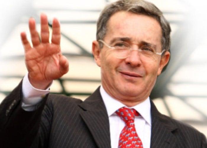 Un monumento a Álvaro Uribe Vélez