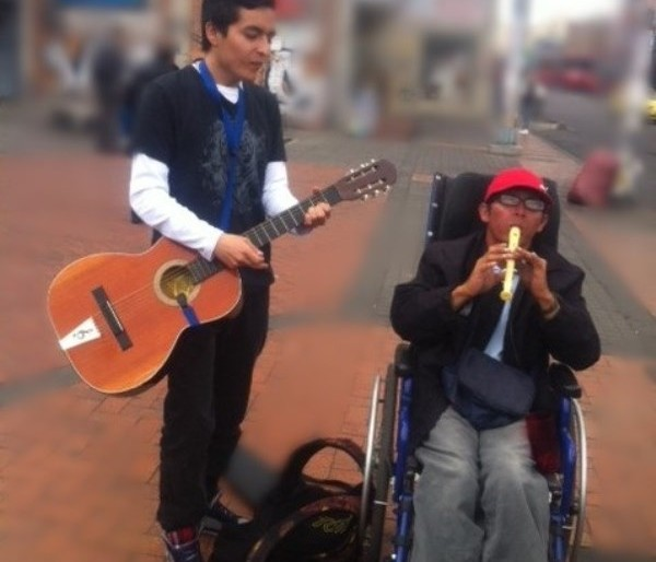 Jimmy Naranjo y su lucha sobre ruedas