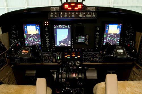 avion-fac-02