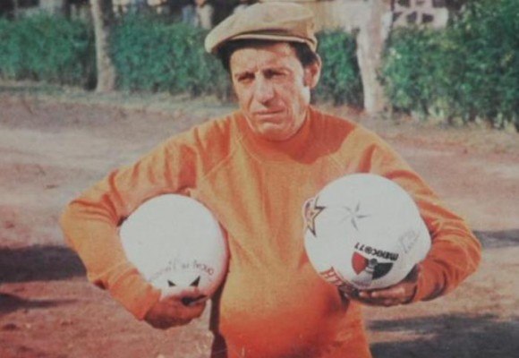 Cuando Chespirito fue futbolista