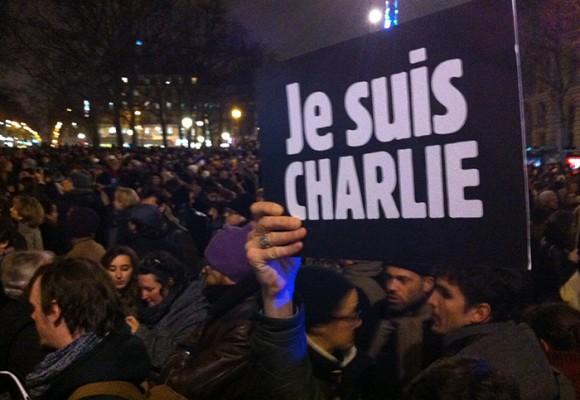 """""""Esta noche todos somos Charlie"""": La libertad quedó herida"""