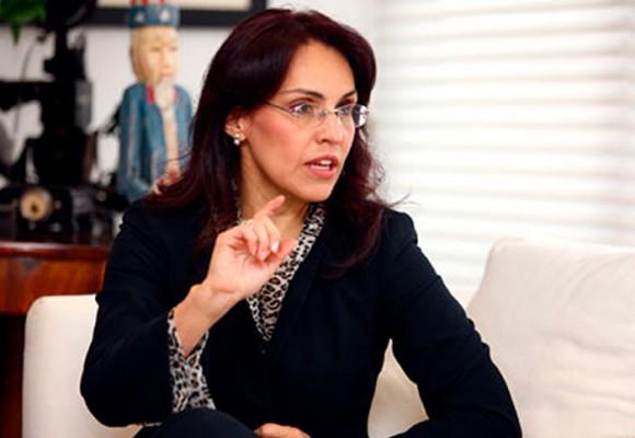 Viviane Morales no defiende los derechos de los niños, está lanzando su candidatura presidencial