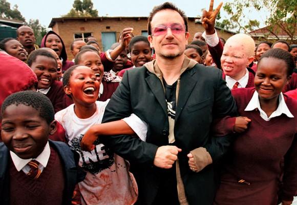 Bono, el farsante que traicionó al África