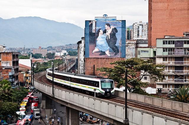 El Metro de Medellín. Crédito imagen: Pouya, 2012.